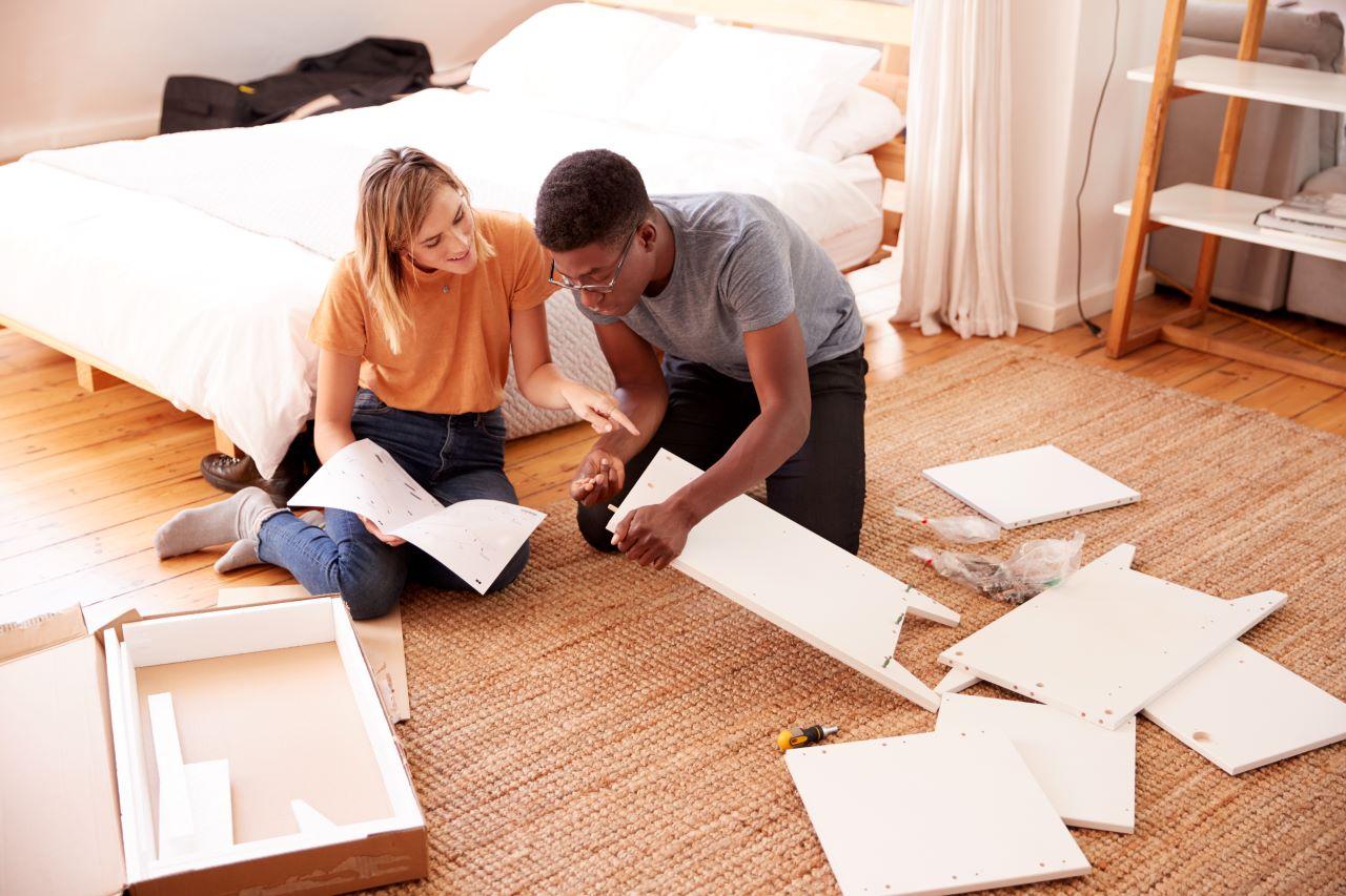 Bútor összeszerelés házilag ezekre ügyelj az előkészületek és a munka során